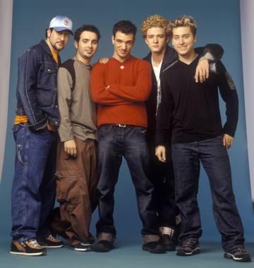 Justin Timberlake, segundo por la derecha, con la