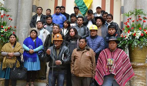 Conferencia de prensa de dirigentes de Conalcam en Palacio de Gobierno el martes