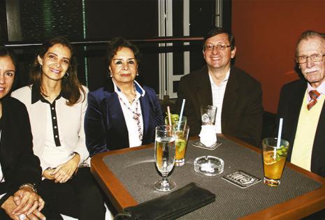 Ojdana De Ortíz, Sonia Bass Werner, María Teresa Petit, Óscar Ortiz y Georges  Petit