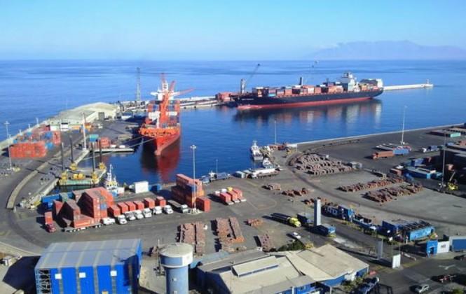 Legisladores chilenos rechazan reclamo de Bolivia por atropellos en Antofagasta