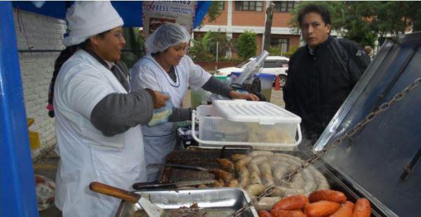 La Feria del Choripán se realizó en el mercado Ramafa este martes 21 de junio.