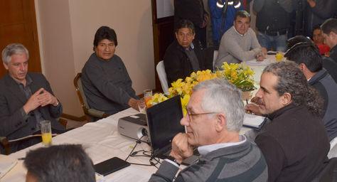 Consejo del Silala se reúne en la residencia presidencial.