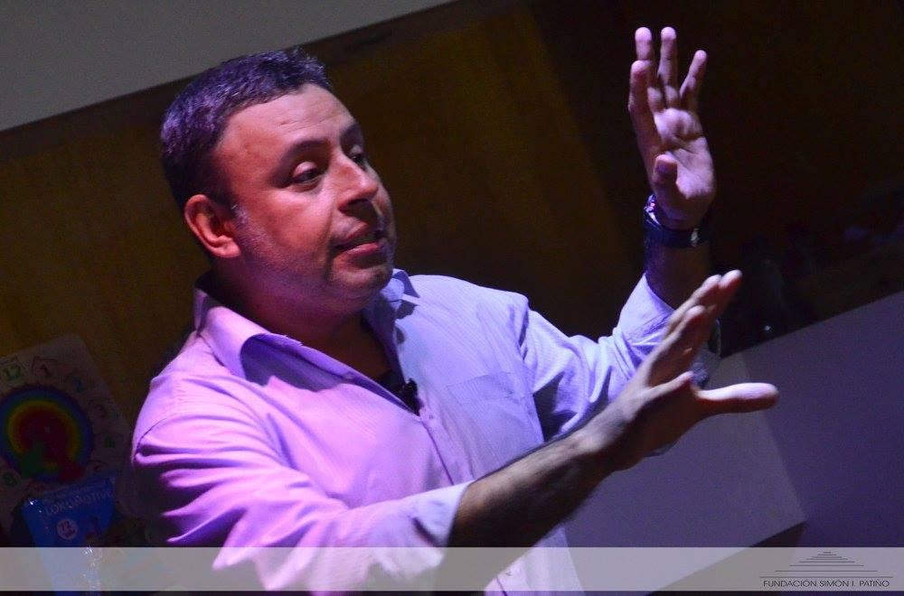 Jorge Aturo en la Ludoteca