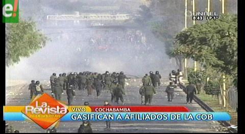 Cochabamba. Enfrentamientos de fabriles y policías en paro de la COB