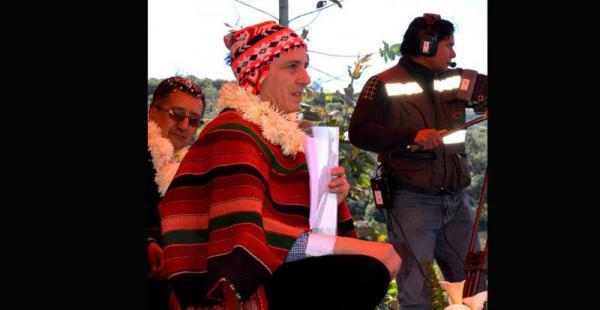 Álvaro García entregó ayer un sistema de riego en Cochabamba