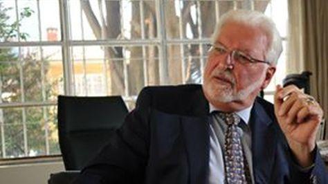 El embajador de Alemania en Bolivia, Peter Linder