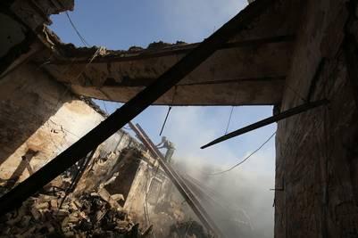 El mausoleo shiíta en Balad quedó en ruinas, tras el ataque del ISIS. / AFP