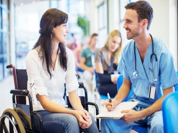 Esclerosis múltiple: identifica cuáles son sus síntomas