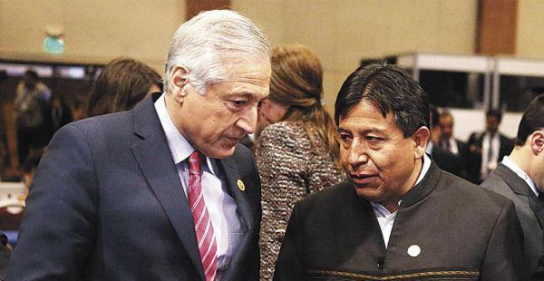 La Cancillería de Chile informó que aceptan la llegada de Choquehuanca aunque no la reconocen como una visita oficial