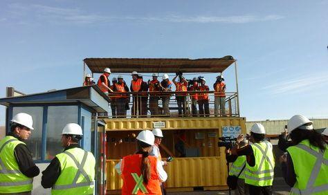 La delegación boliviana al interior de los puertos chilenos de Arica. Foto: @javimartinezl
