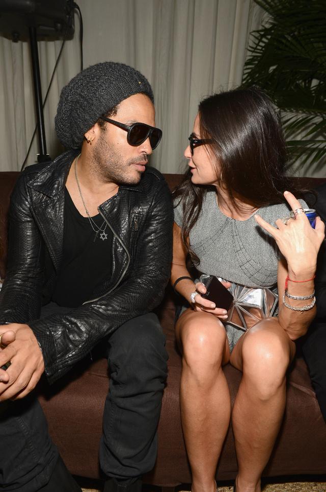 Demi Moore y Lenny Kravitz en una fiesta organizada por Chanel en 2013.