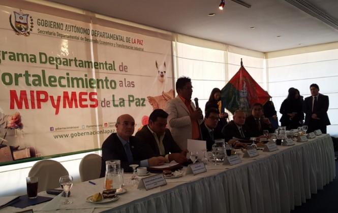 Empresarios dispuestos a crear empresas mixtas con la Gobernación de La Paz