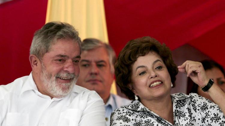 Lula da Silva y Dilma Roussef durante una reunión con trabajadores metalúrgicos en San Bernando do Campo. 10 de abril de 2010.