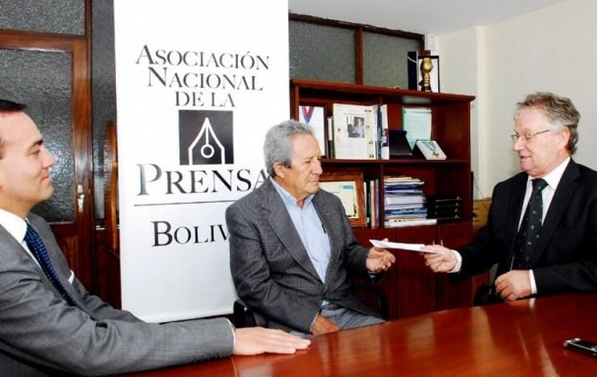 El periodista Humberto Vacaflor gana el Premio Libertad 2016 de la ANP
