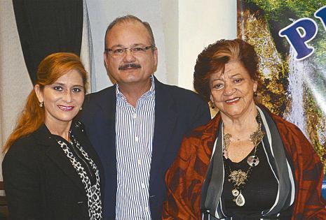 Rosa Ortiz, Alfredo Pinto y 'Beby' Landívar