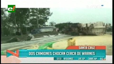 Dos camiones chocan cerca de Warnes