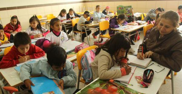 Los estudiantes volvieron a las aulas después de dos semanas de vacaciones