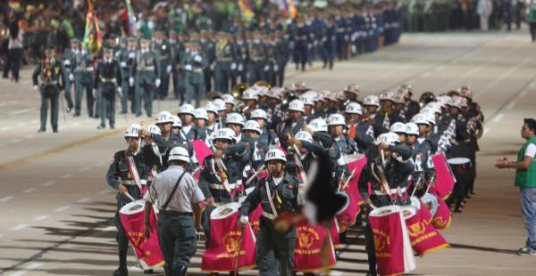 El desfile se realizó en el cambódromo