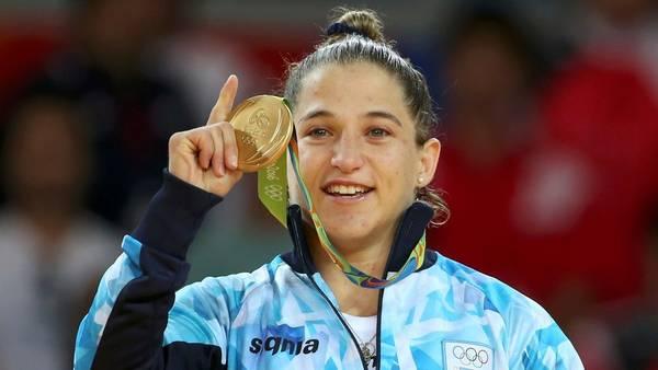 La judoca Paula Pareto y la tan ansiada medalla dorada.