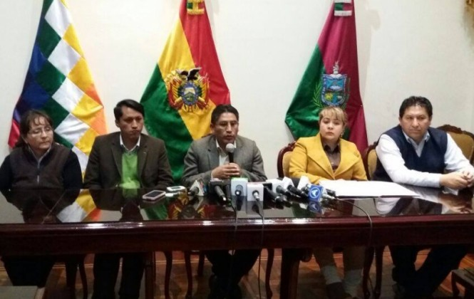 La Paz: Levantan las huelgas de hambre para iniciar bloqueo de caminos y calles desde este martes