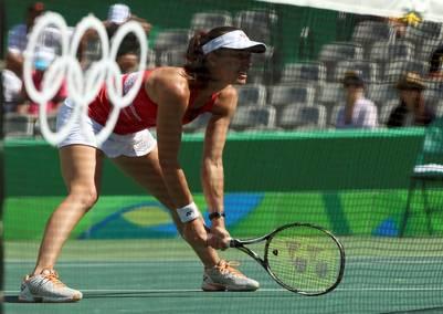 Martina Hingis, medalla de plata a los 35 años. (Reuters)