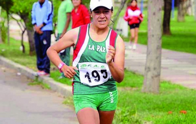 Marchistas bolivianas listas para los 20 Km. en Río