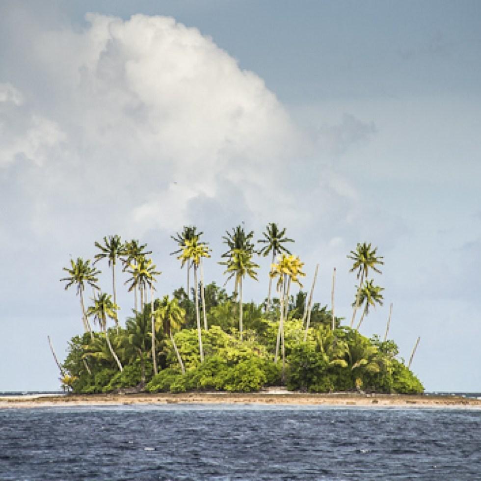 Las 10 islas habitadas más inaccesibles del mundo