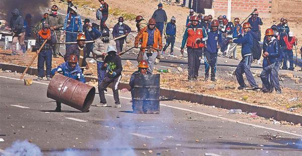 El conflicto minero se agudizó el jueves en cercanías de Panduro