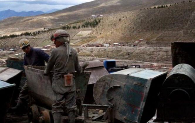 De unos 20.000 cooperativistas mineros, solo 82 están registrados como asalariados, según INE