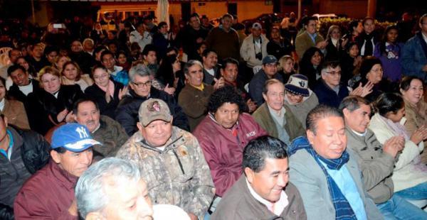 Los vecinos de D-4 se dieron cita en la Subalcaldía para presenciar la sesión protocolar del Concejo