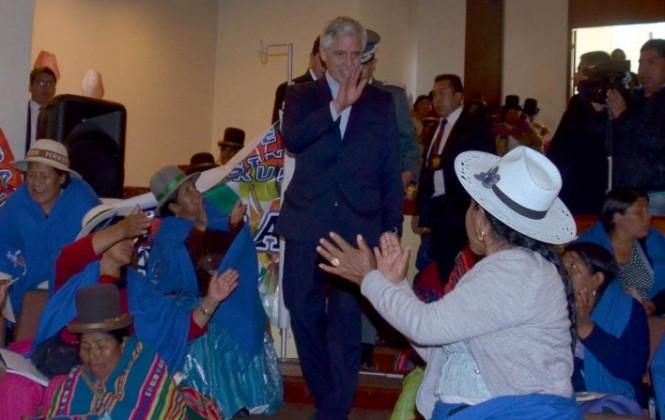 """Califican de """"morboso"""" al vicepresidente García Linera por detallar muerte del viceministro"""