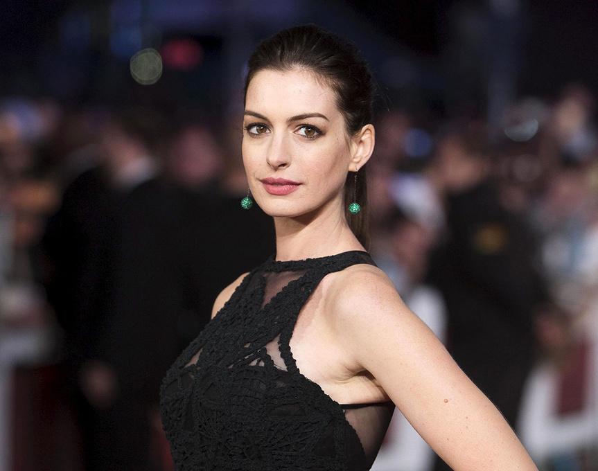 Anne Hathaway, en la alfombra roja.