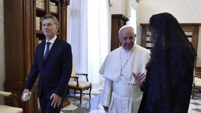 Macri y Awada con el Papa Francisco. Foto Presidencia