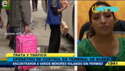 Encuentran a menores viajando sin permiso de sus padres