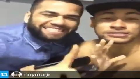 Neymar se lo toma en serio: publica su primera canción