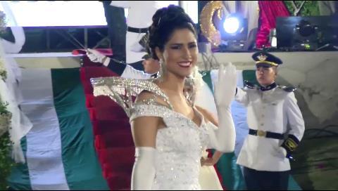 Revive la coronación de la reina de Santa Cruz 2016