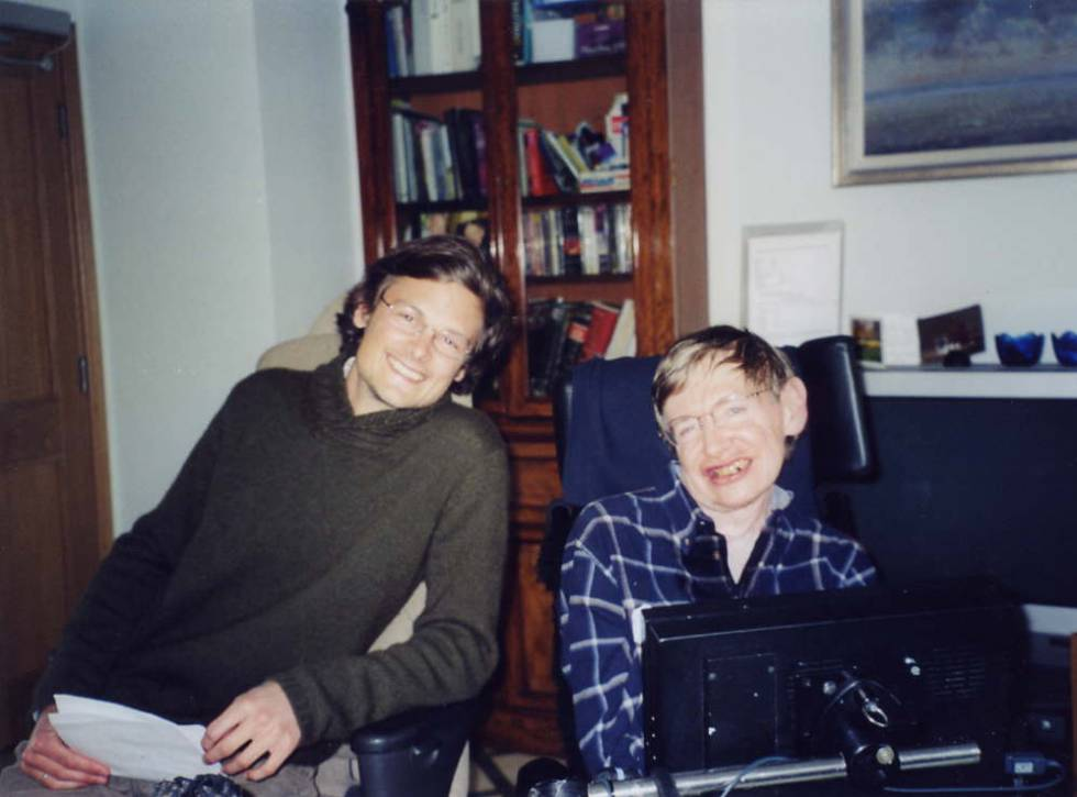 Christophe Galfard y Stephen Hawking, en la Universidad de Cambridge.