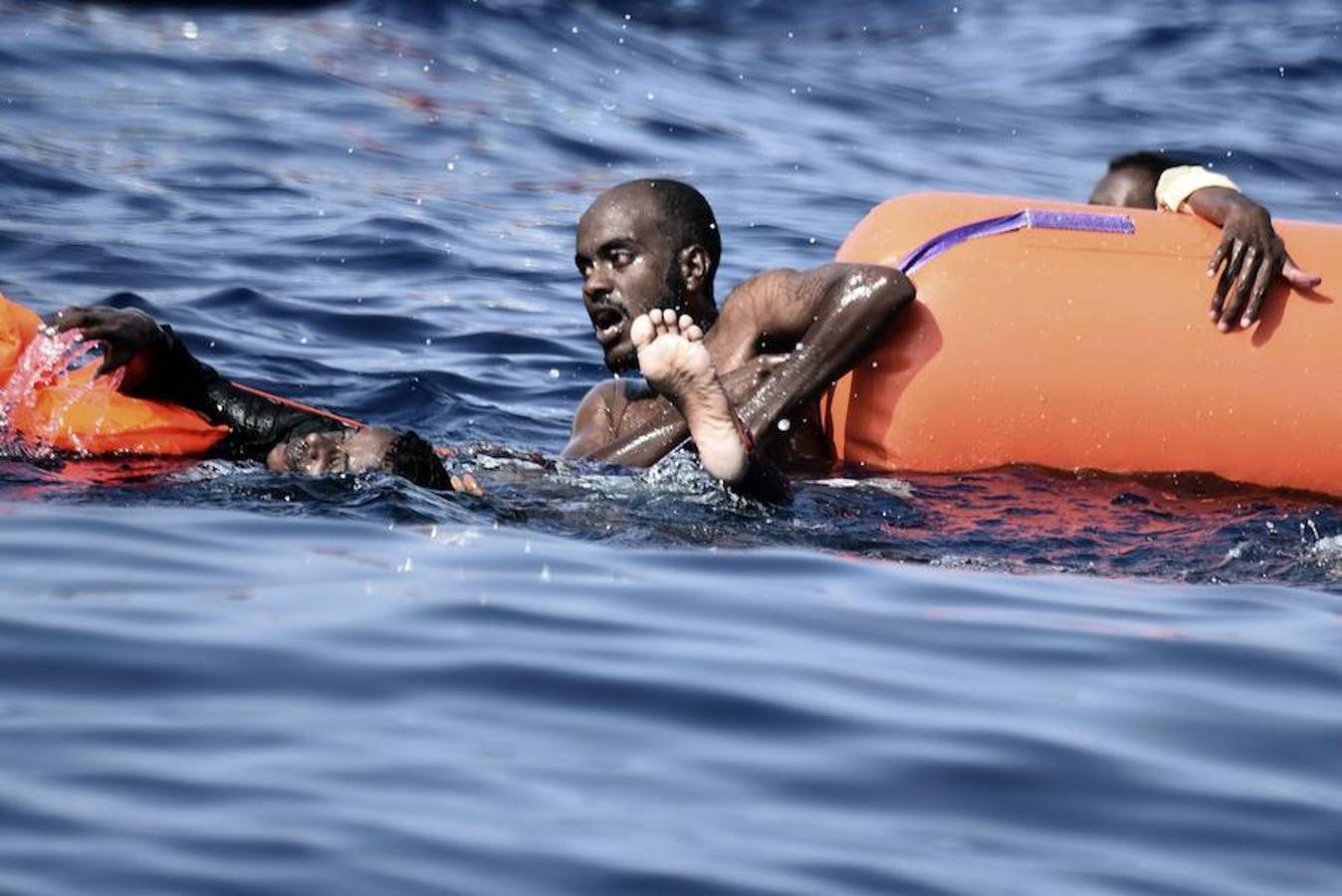 Las mafias que operan a sus anchas en Libia siguen lanzando africanos desesperados con rumbo a Europa