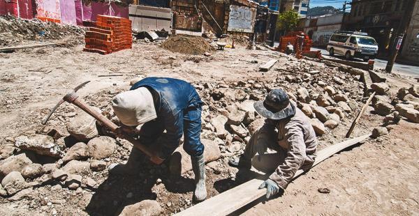 La propietaria Nohemy Cámara inició las obras civiles para montar un muro perimetral