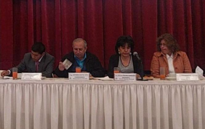 Vocal del TSE advierte que intereses grupales pueden socavar el sistema democrático