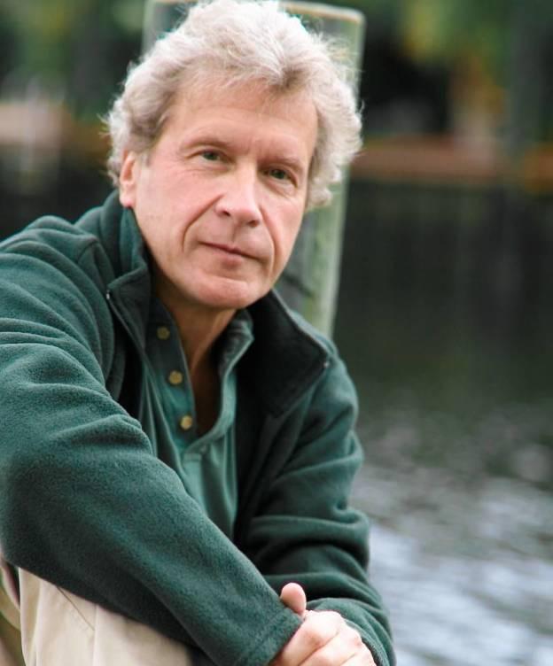 Foto: El escritor nacido en 1945 consiguió vender millones de ejemplares de su primer libro, que se ha traducido a 32 idiomas.