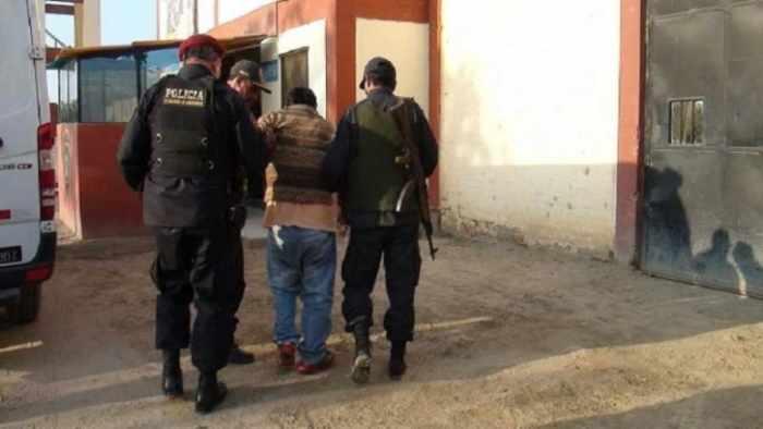 Casi linchan a boliviano  acusado de violar a niña