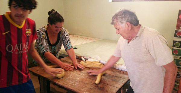 Preparación del rosquete en San Lorenzo