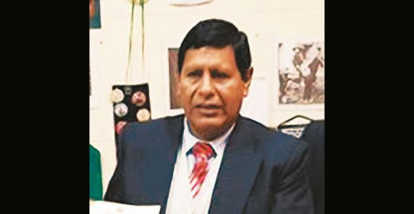 Fausto Conde, dirigente de los residentes paceños