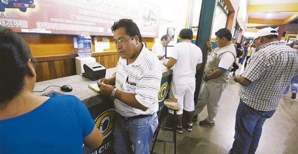 La venta de pasajes en la terminal Bimodal se volvió a reanudar en la media tarde del jueves