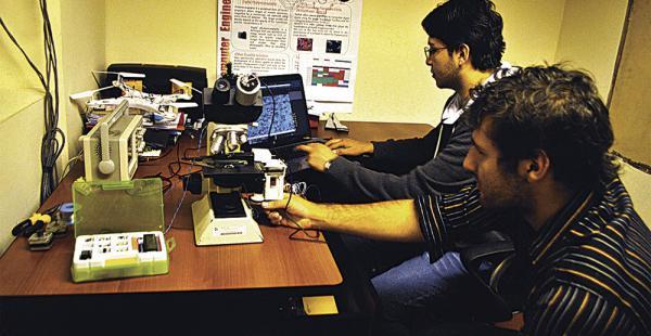 El proyecto de Rodrigo Loza y Khalil Nallar finalista en el Hackaday Price