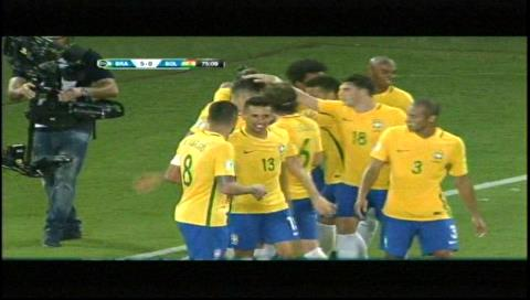 Brasil 5-0 Bolivia: Cabezazo de Firmino