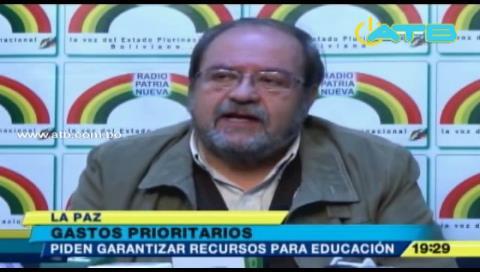Ministro Aguilar pide a municipios garantizar recursos para educación