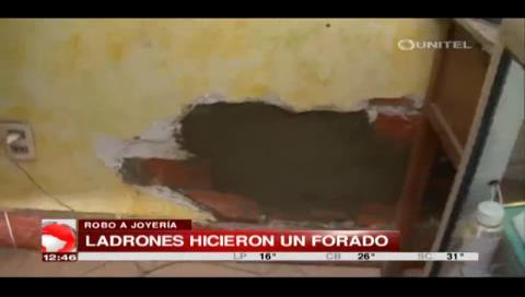 El Alto: Delincuentes huyen tras intentar atracar en una joyería