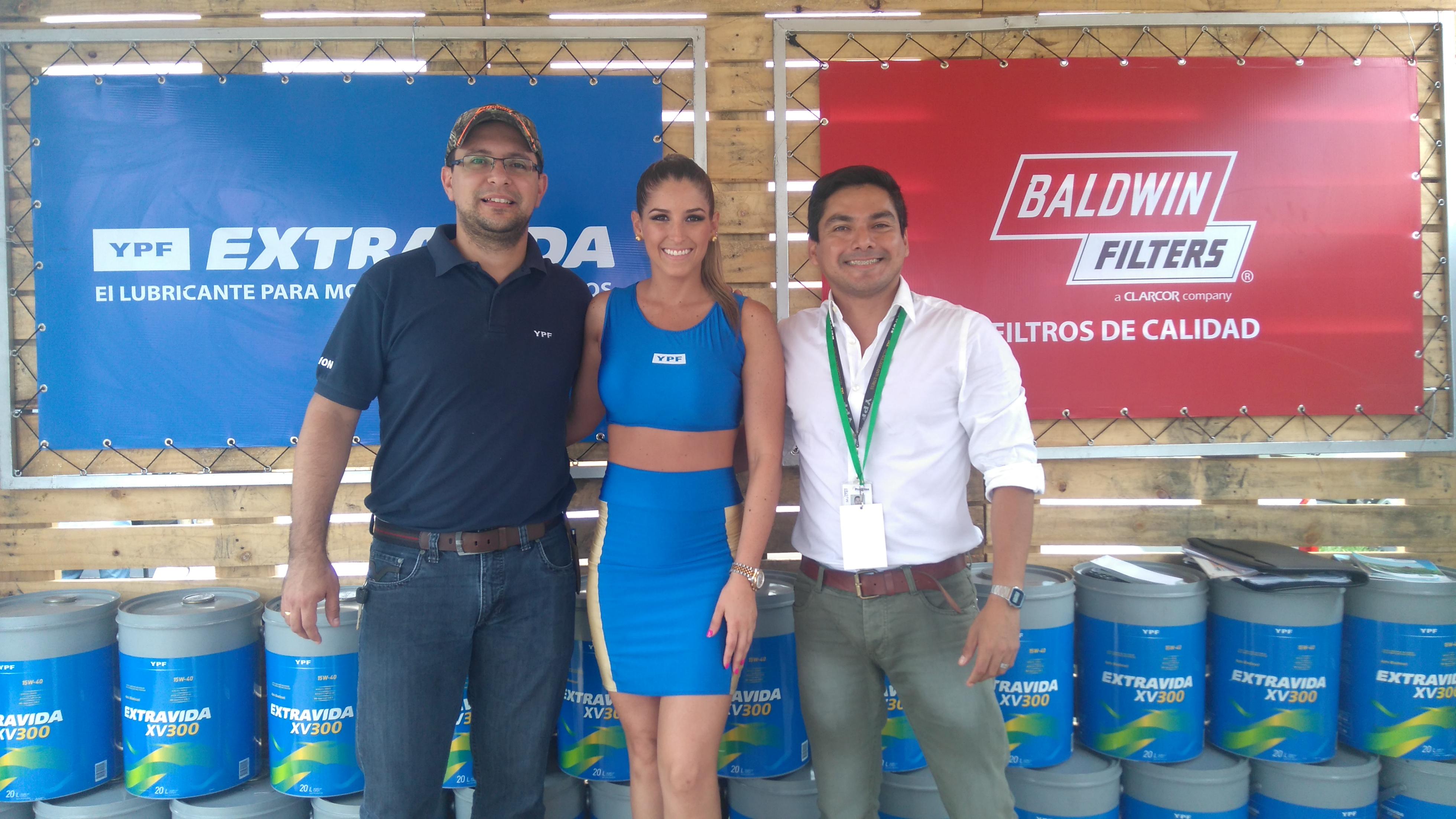 Francisco Canido Gerente Comercial de Lubricantes , Roberto Cadena, Responsable de la  Calidad  e Imagen Corporativa